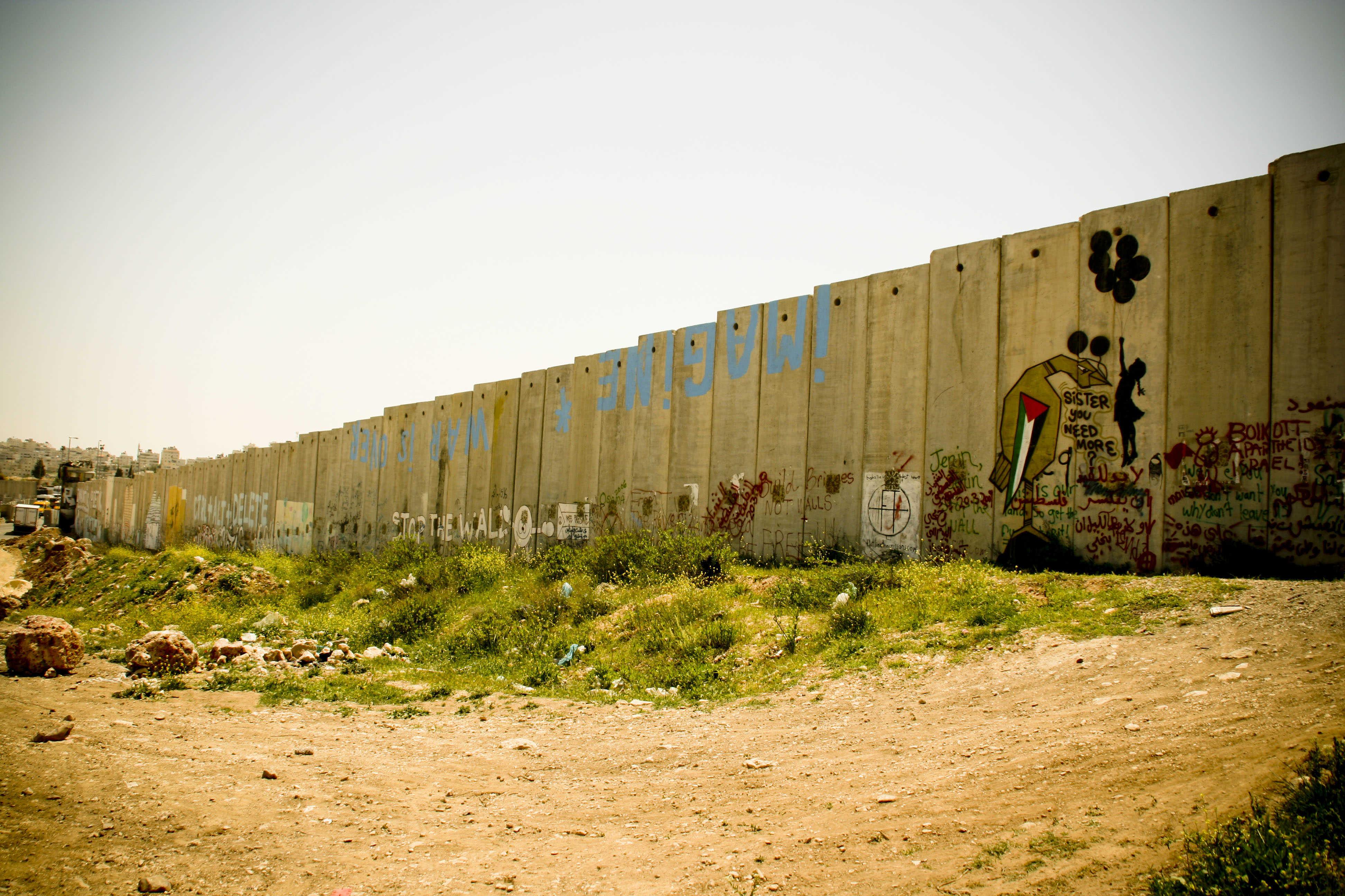 Palestine, graffiti as peaceful act of resistance - Khatt Foundation